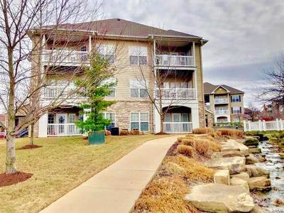 St Charles County Condo/Townhouse For Sale: 182 Babbling Brook