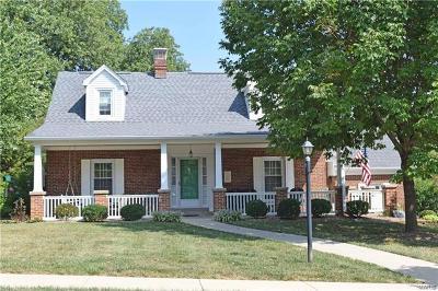 Belleville Single Family Home For Sale: 27 Juanita Place