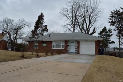 Single Family Home For Sale: 9949 Live Oak
