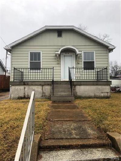 St Louis City County, St Louis County Single Family Home For Sale: 304 Vida Avenue