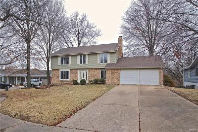 Chesterfield MO Single Family Home For Sale: $319,000