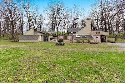 Glen Carbon Single Family Home For Sale: 4545 Benes Avenue