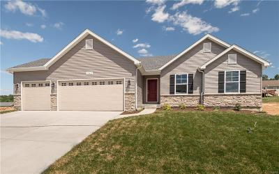 Pacific MO Single Family Home For Sale: $213,900