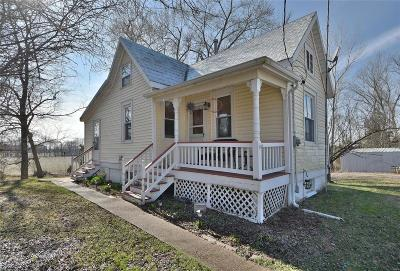 Warren County Single Family Home For Sale: 11727 Bluff Road