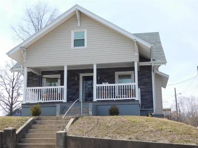 Hannibal MO Single Family Home Contingent No Kickout: $84,900