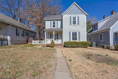 St Charles Single Family Home For Sale: 127 Lindenwood Avenue