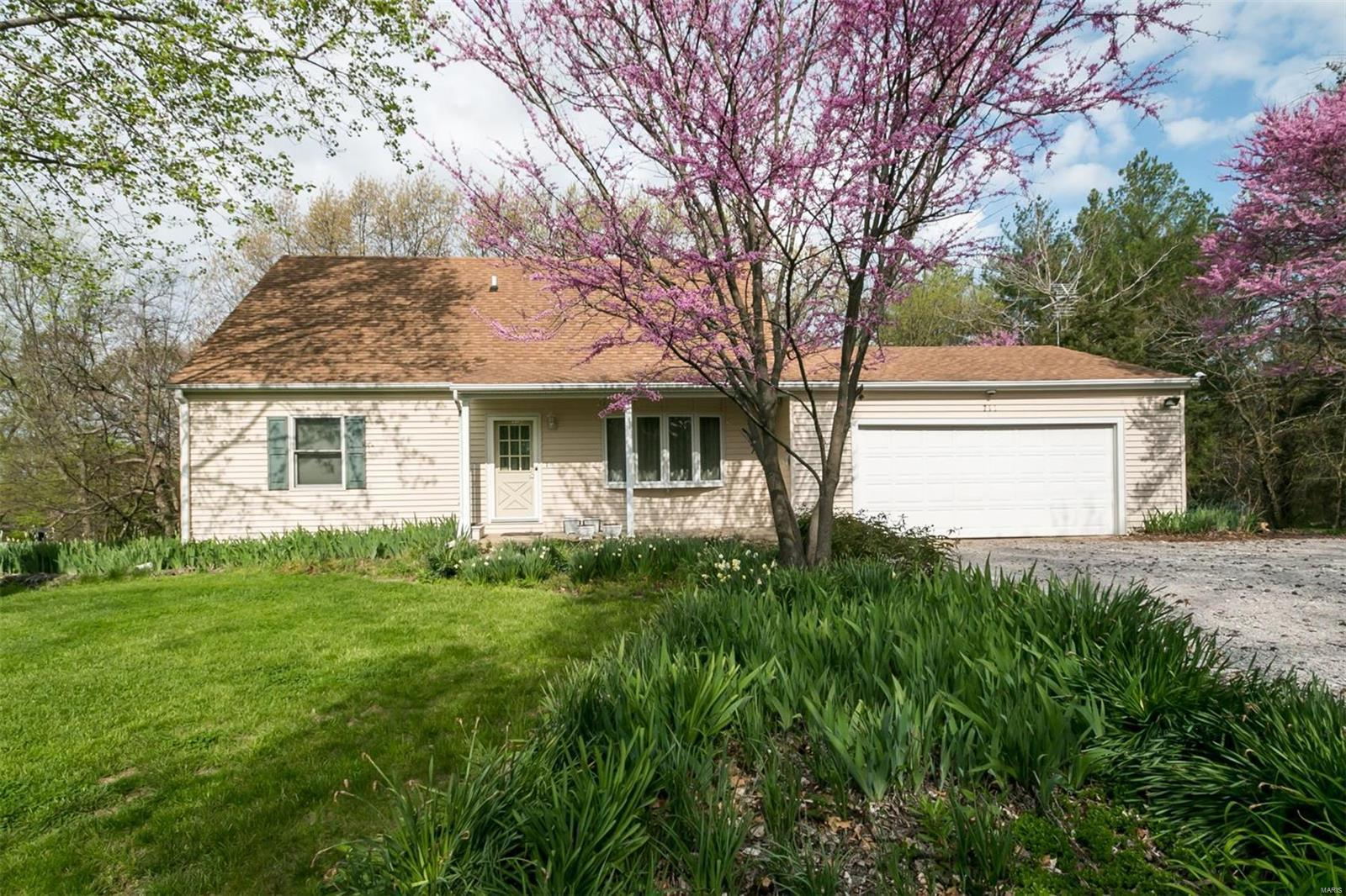 711 Hill Castle Road Columbia Il Mls 18024592 Legacy Realty