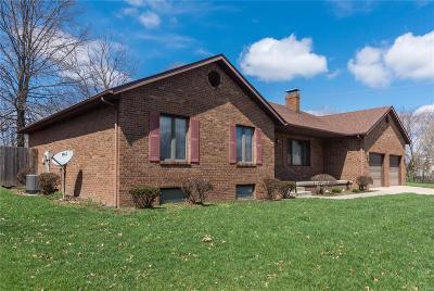 O'Fallon Single Family Home For Sale: 1125 Heatherwood Drive
