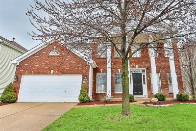 Ballwin Single Family Home For Sale: 1208 Arbor Bluff Circle