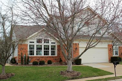 Chesterfield Condo/Townhouse For Sale: 16809 Chesterfield Bluffs Circle
