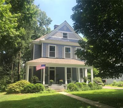 St Louis Single Family Home For Sale: 56 Marshall Place