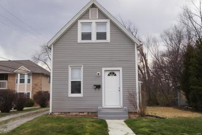 Edwardsville Single Family Home For Sale: 109 West Linden Street