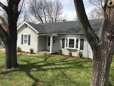 Bowling Green Single Family Home For Sale: 111 Jefferson Drive