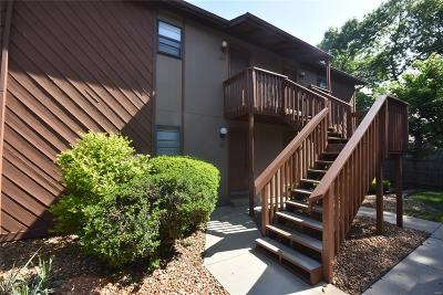 Fairview Heights Condo/Townhouse For Sale: 127 Ashley