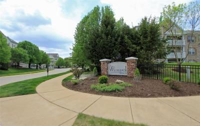 Chesterfield Condo/Townhouse For Sale: 6 Monarch Trace #308