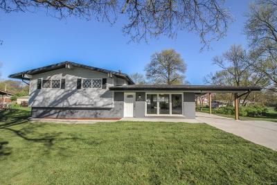 Single Family Home For Sale: 9549 Crockett