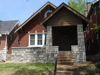 St Louis City County Single Family Home Contingent No Kickout: 5245 Delor Street