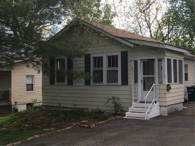 Single Family Home For Sale: 712 Yeatman Avenue