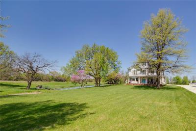 Jerseyville Single Family Home For Sale: 401 East Fairgrounds Avenue