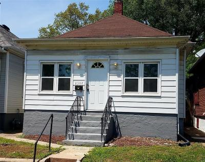 Granite City Single Family Home For Sale: 2305 State