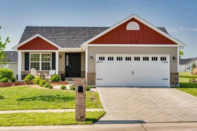 Foristell Single Family Home For Sale: 216 Hartford Glen Court