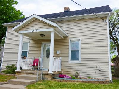 Collinsville Single Family Home For Sale: 205 South Street