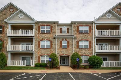 Chesterfield Condo/Townhouse For Sale: 5 Monarch Trace #303