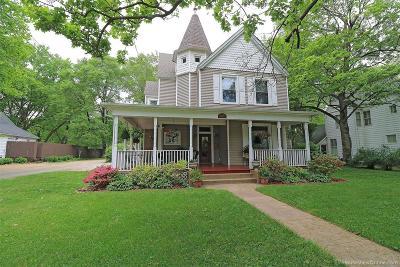 Farmington Single Family Home For Sale: 507 West College