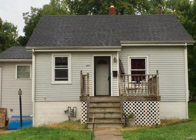 Hannibal MO Single Family Home For Sale: $86,500