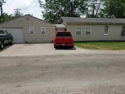 South Roxana IL Commercial For Sale: $57,500