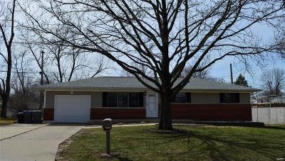 O'Fallon Single Family Home For Sale: 1203 Cypress Drive