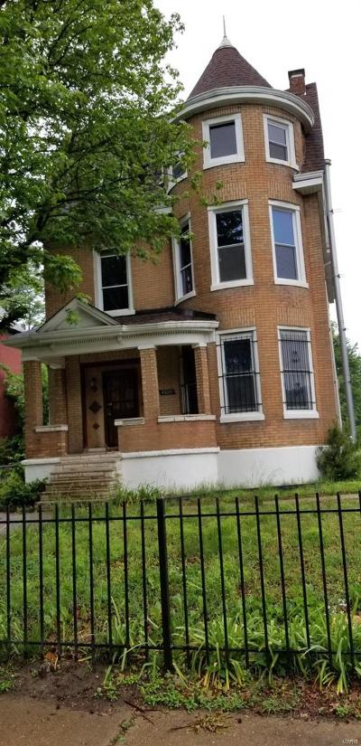St Louis City County Single Family Home For Sale: 4809 Labadie Avenue