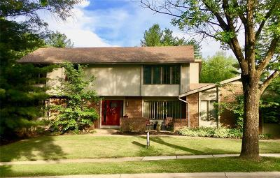 Chesterfield MO Single Family Home For Sale: $438,500