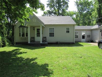 Belleville Single Family Home For Sale: 6 Woodcrest
