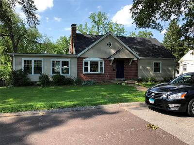St Louis Single Family Home For Sale: 123 East Drake Avenue