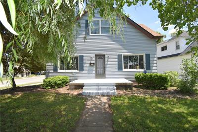 Collinsville Single Family Home For Sale: 124 North Chestnut