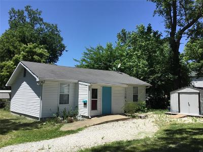 Pacific Single Family Home Contingent No Kickout: 515 North Olive