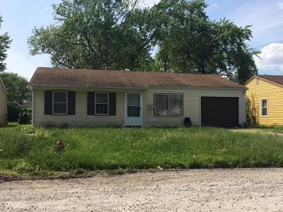 Cahokia Single Family Home For Sale: 727 Saint Norbert Drive