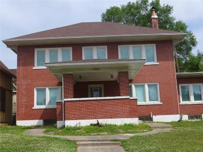 Hannibal MO Single Family Home For Sale: $109,000
