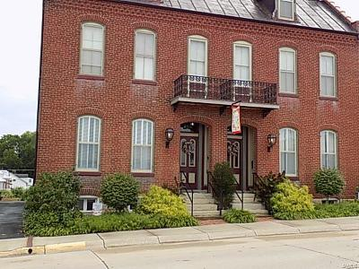 Washington Multi Family Home For Sale: 108 Jefferson Street