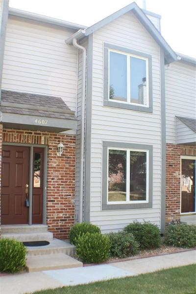 St Charles, Weldon Spring Condo/Townhouse For Sale: 4607 Sherman Park