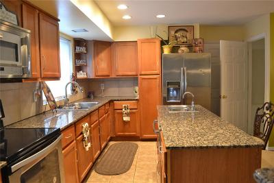 Single Family Home For Sale: 14659 Baratton