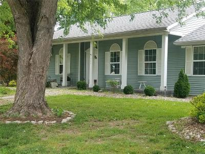 Edwardsville Single Family Home Contingent Short Sale: 322 Deep Water Circle