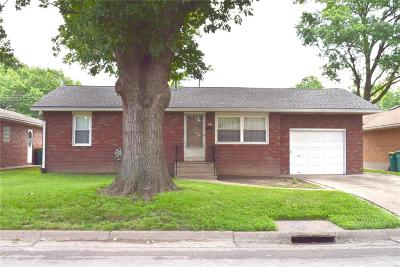 Granite City Single Family Home For Sale: 3432 Lydia Lane