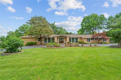 St Louis Single Family Home For Sale: 28 Ladue Estates