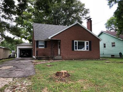 O'Fallon Single Family Home For Sale: 203 North Penn Street