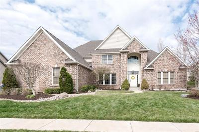 Single Family Home For Sale: 326 Greycliff Bluff
