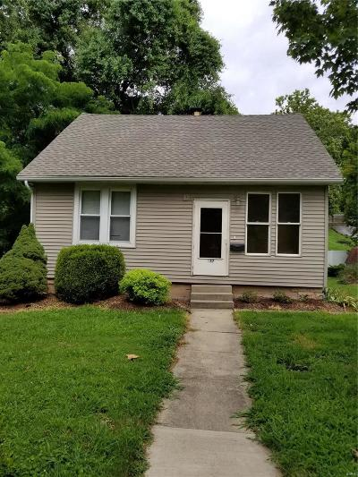 Edwardsville Single Family Home For Sale: 257 West Union Street