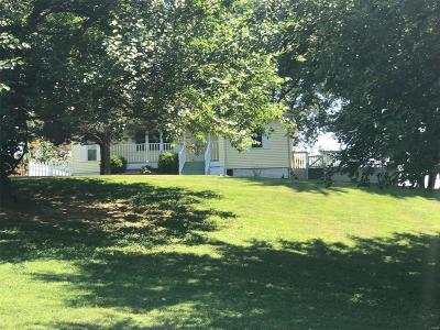 Collinsville Single Family Home For Sale: 210 Johann Drive