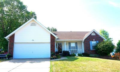 ST CHARLES Single Family Home For Sale: 901 Emerald Place Drive